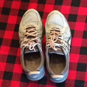 ASICS wide width athletic shoe